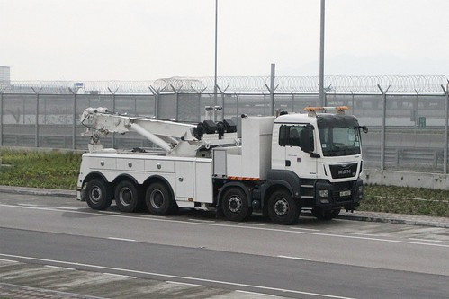Heavy recovery tow truck parked outside the Airport Tunnel