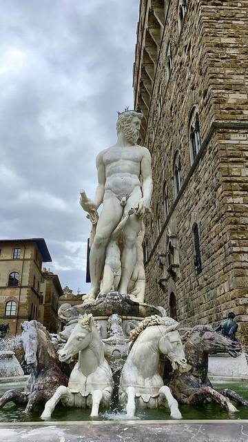 Firenze - (20 Maggio 2020) (Fontana del Nettuno)