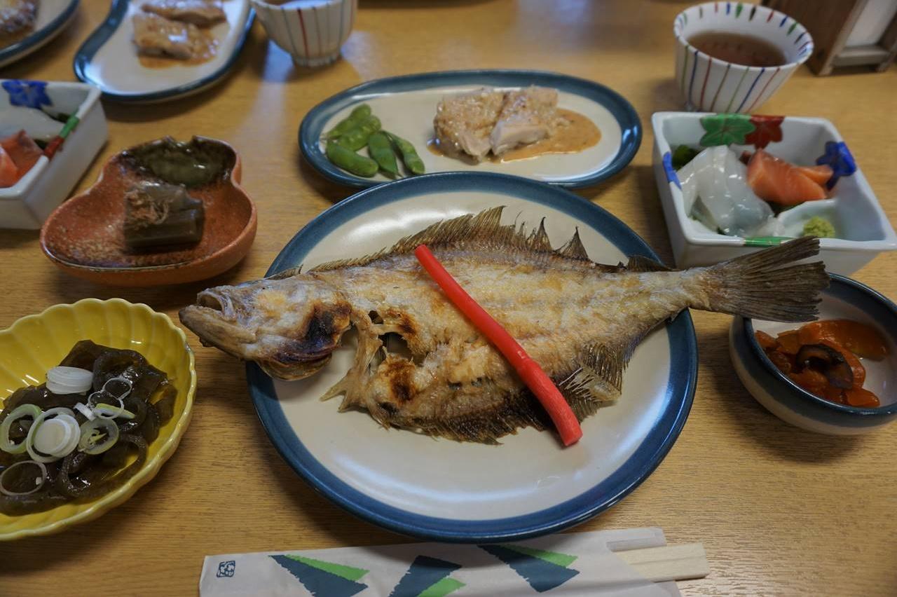 ドンデン山荘の夕食