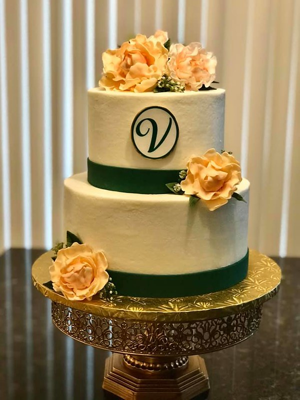 Cake by MKreations Cakes