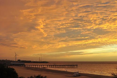 dawn daybreak suffolk sunrise lowestoft lowestoftsouthbeach sea seaside seascape