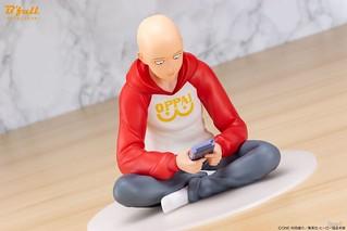 在家打電動的好青年~FOTS JAPAN《一拳超人》埼玉 OPPAI 帽T Ver. 1/7比例塗裝完成品(ワンパンマン サイタマ OPPAIパーカー Ver.)