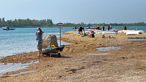 langstoneharbour eastney haylingferry beach sea harbour portsmouth southsea jainbow boats