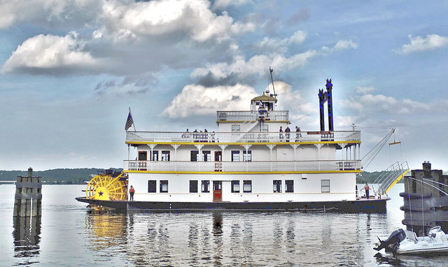 Steamwheels boat, on the Severn River, Annapolis