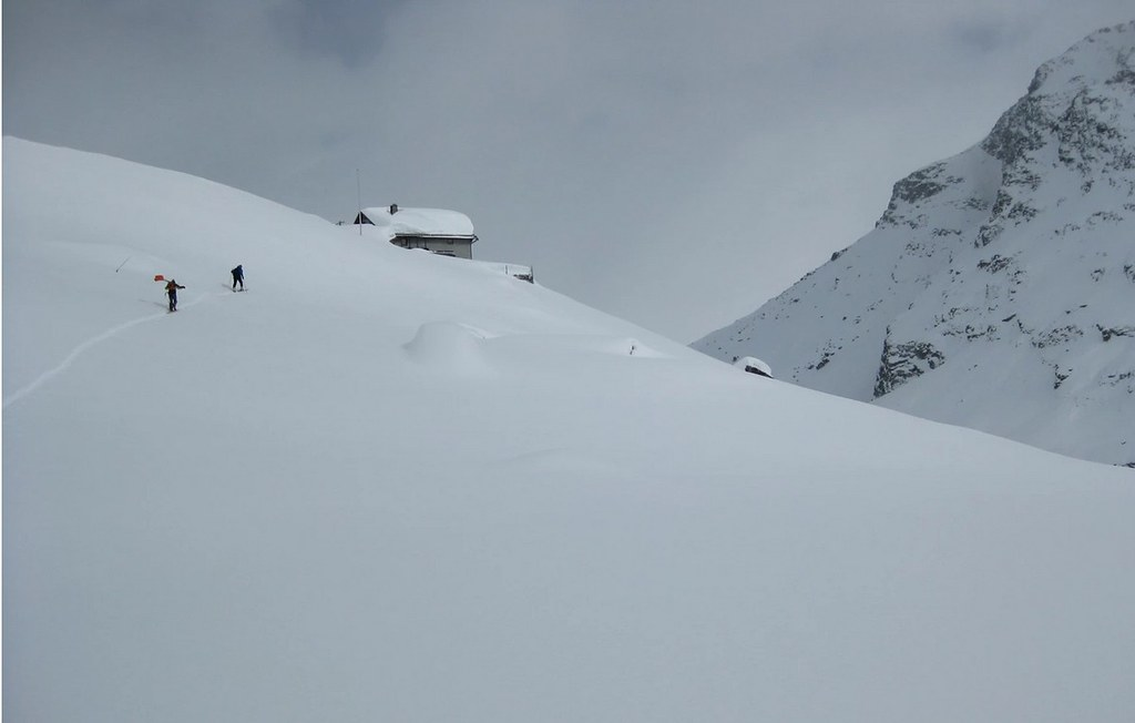 Chamanna Boval / Bovalhütte Bernina Schweiz foto 04