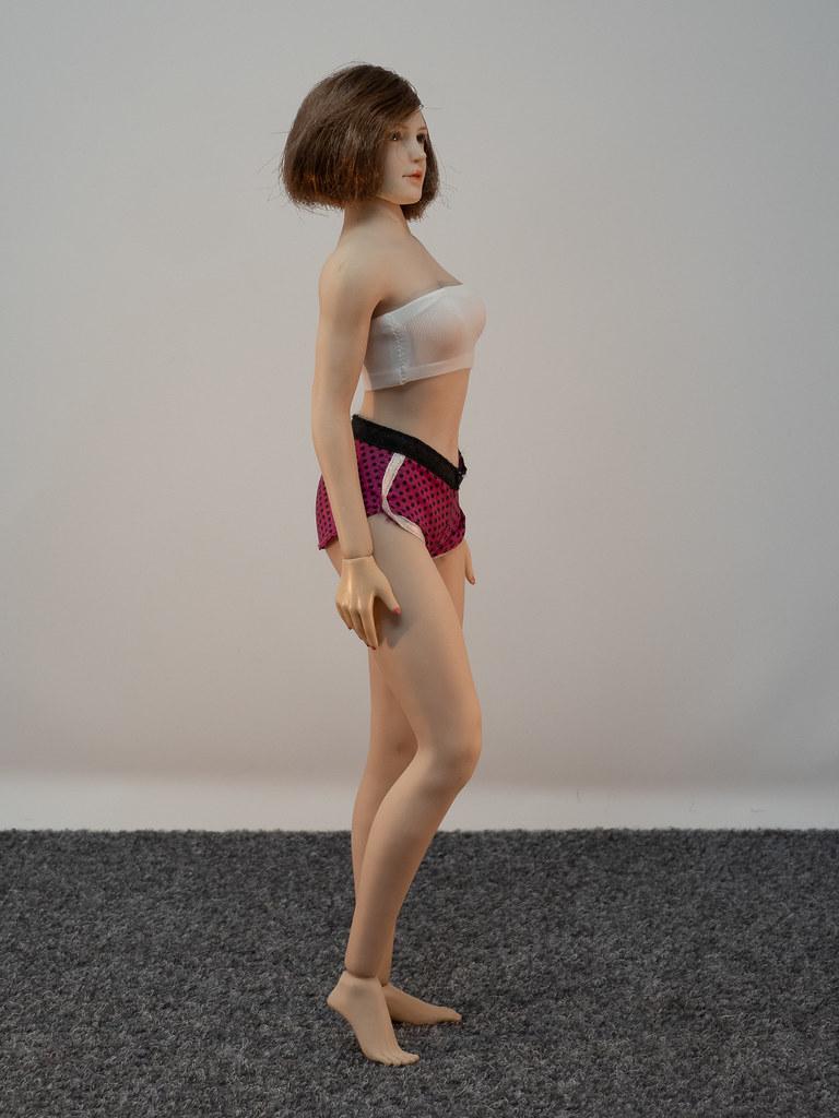 Phicen Female Posing Guide 49919464568_c8244af094_b