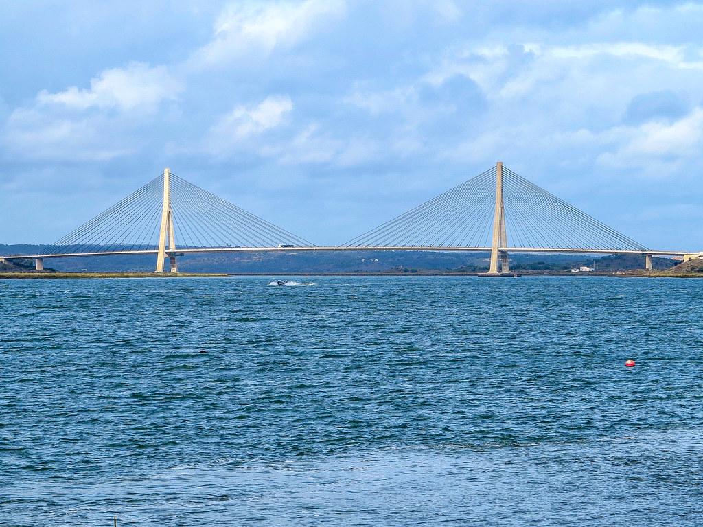 Puente Internacional de Guadina une España con Portugal