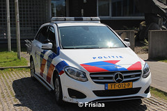 Politie Burgum, B-Class