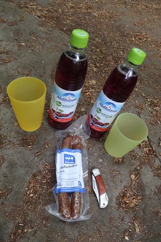 Adelholzener Bio Schorle Kirsche und Pfefferbeißer vom Bentheimer Landschein (bei erster Rast auf Teutoschleife
