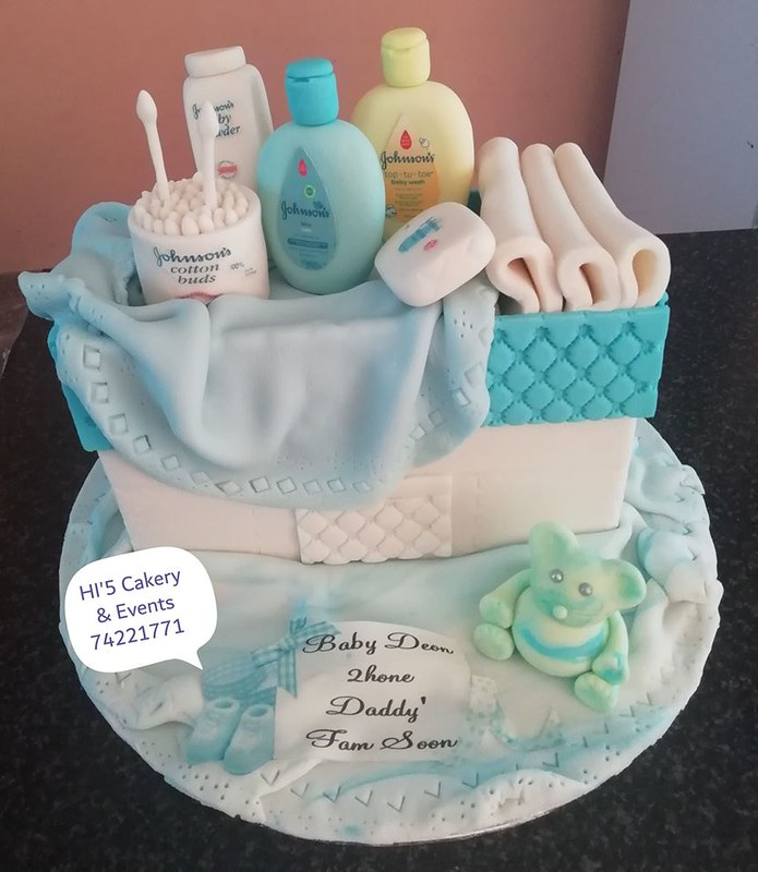 Cake by HI'5 Cakery & Events