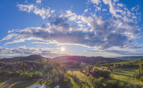 drone dronephotography aerial sunset sky clouds weather beautiful landscape nature valley rural country panorama dji djimavic mavicair mavic landscapephotography landscapes horizon sun skywatching majestic