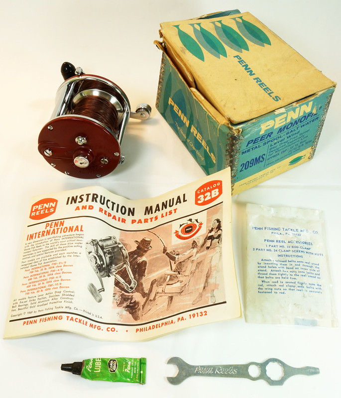 RD27625 Vintage Penn Peer # 209 Level Wind Saltwater Trolling Conventional Fishing Reel 30-66 with Box, Manual and Wrench DSC05112
