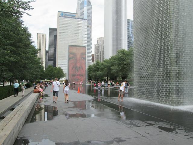 Millennium Park - Crown Fountain