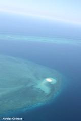 Ilot de sable blanc depuis un ULM