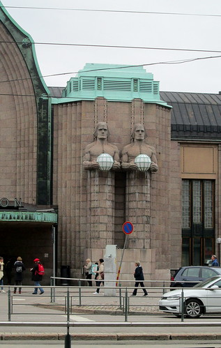Figures, Helsinki Central Railway Station