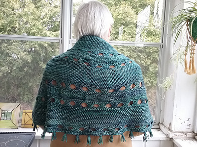 Carol has been busy finishing up projects...Here is her Hipster by Joji Locatelli knit using Malabrigo Rios which until she blocked it, she wasn't sure she liked! Blocking works like magic!