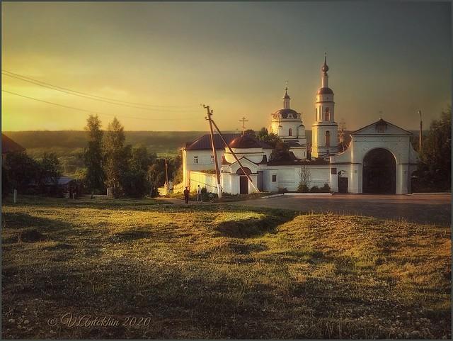 Holy places of Russia.  Nikolo-Chernoostrovsky monastery.  (Maloyaroslavets.)