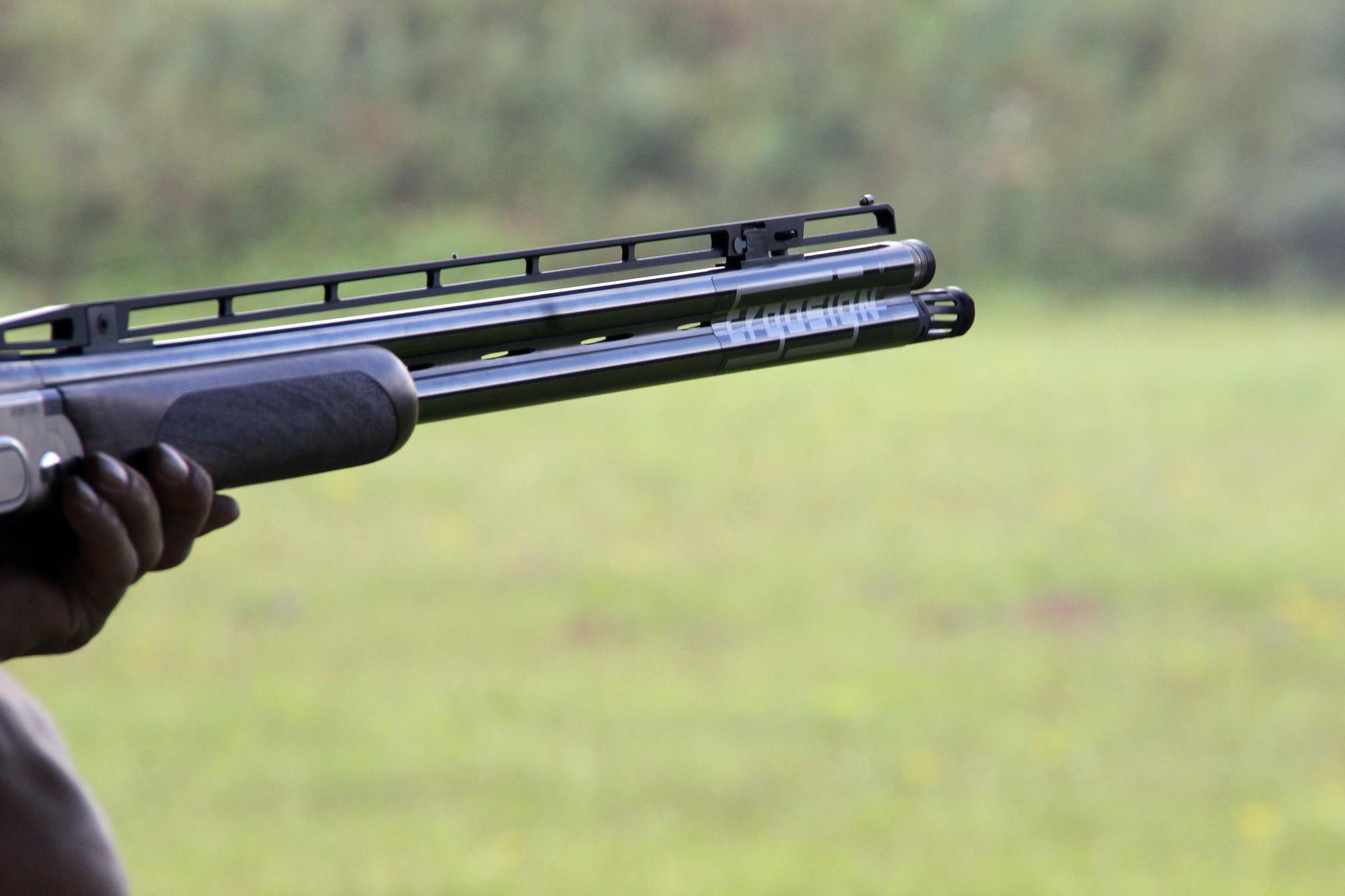 Shotgun Rifle Clay Pigeons Shoot 118164 Edited 2020