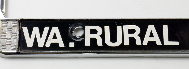 RD17019 Vintage Steel License Plate Frame EDITOR WA. RURAL POSTMAN DSC05167