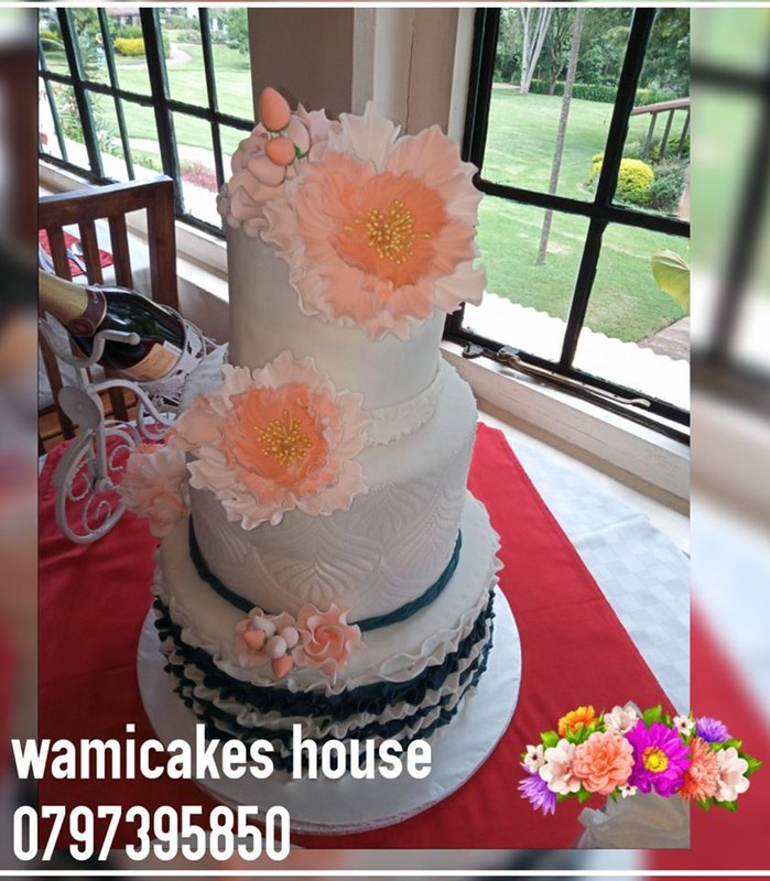 Cake by Wami Cakes House