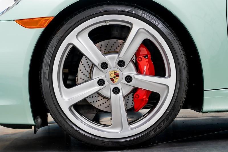 Porsche-911-Carrera-S (5)