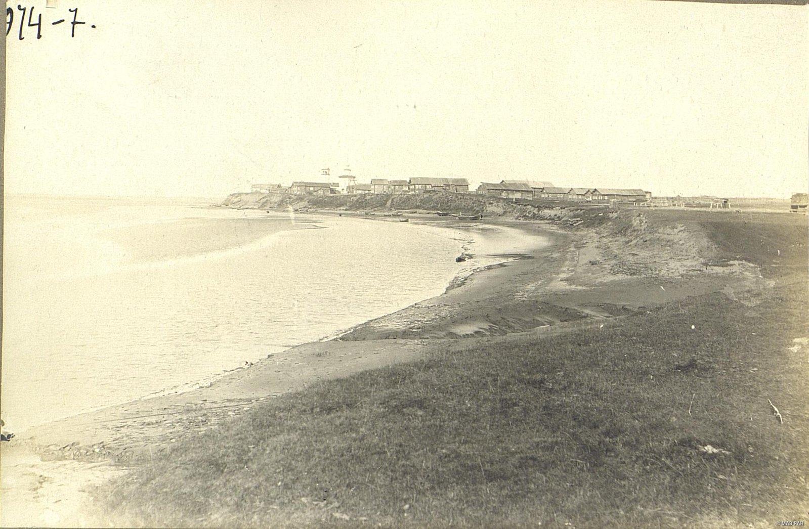 Мезень. Вид на одно из древних селений у города Мезень – «малая слобода»