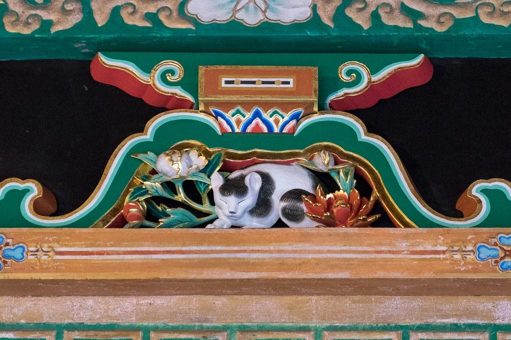「眠り猫」は驚くほど小さな彫刻 日光東照宮