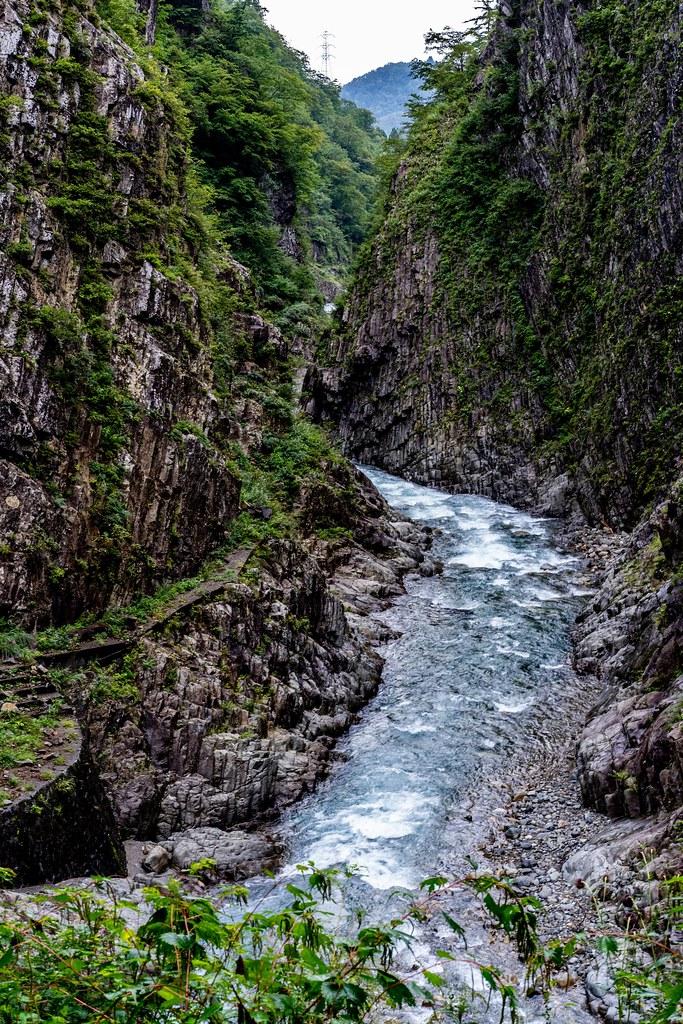 清津川と渓谷美