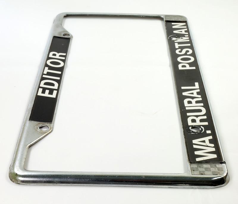RD17019 Vintage Steel License Plate Frame EDITOR WA. RURAL POSTMAN DSC05172