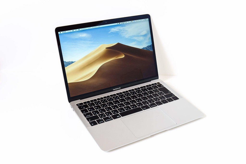 MacBook Air 2018 はメインでも使える