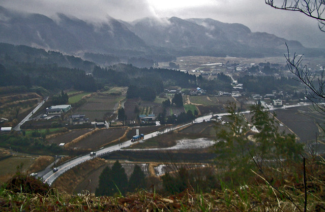 Rainy day at the East end of the Mt. Aso Caldera, Kumamoto 南阿蘇 熊本