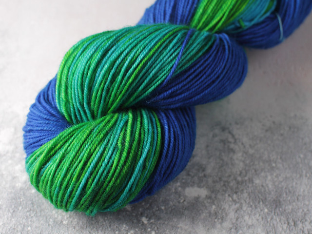 Special Edition: heavy 4 ply / sport weight high twist 100% Merino Wool superwash hand dyed yarn 100g – variegated turquoise / blue / green