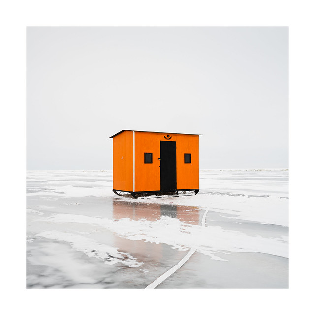 Ice Fishing Hut 23