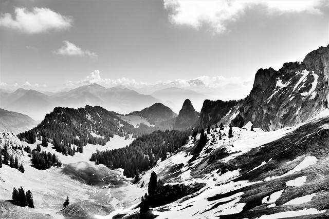 05.18.20.La Suisse depuis Col de Salavenaz