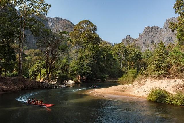 Nam Hinboun River in Kong Lor