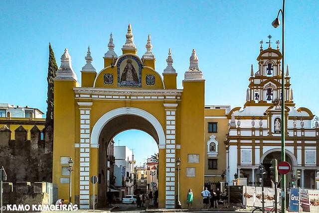 puerta y basilica de la Macarena, sevilla