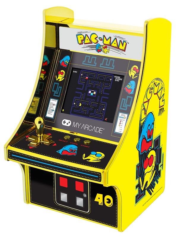 PAC-MAN-40th-iso