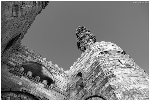 2020 cairo egypt cairogovernorate d7500 no people outdoors architecture history building exterior medieval old religion facade famous place sky cathedral travel destinations day black white ancient monument tower nikonflickraward blackdiamond