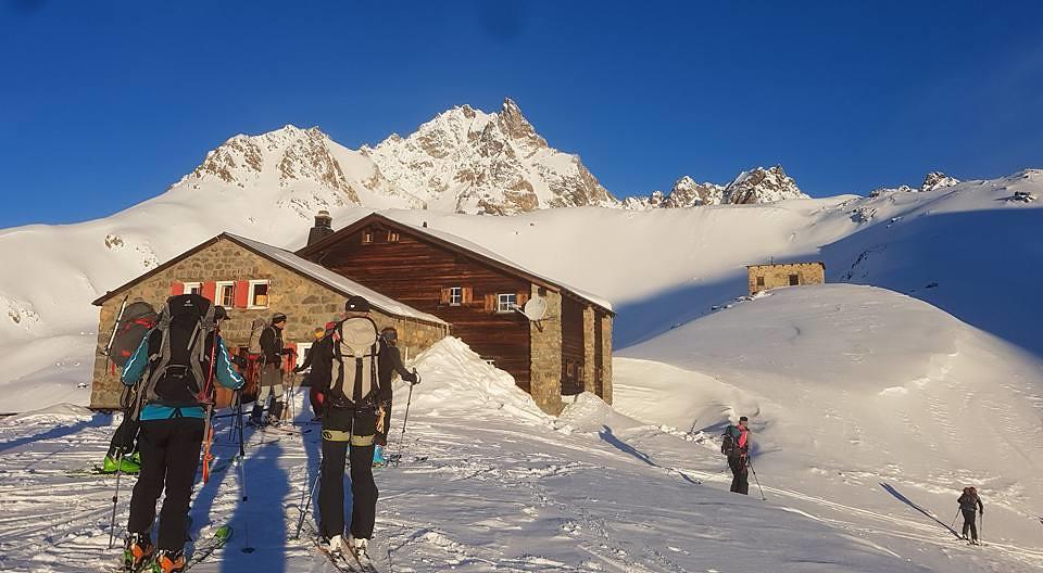 Chamanna Es-cha / Es-cha Hütte Albula Alpen Schweiz foto 02
