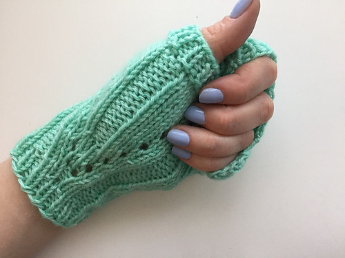 Christina's P13 Mitts by Nantucket Knitter
