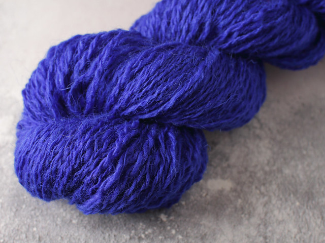 Handspun 4 ply / fingering weight 100% British wool yarn 54g – deep blue