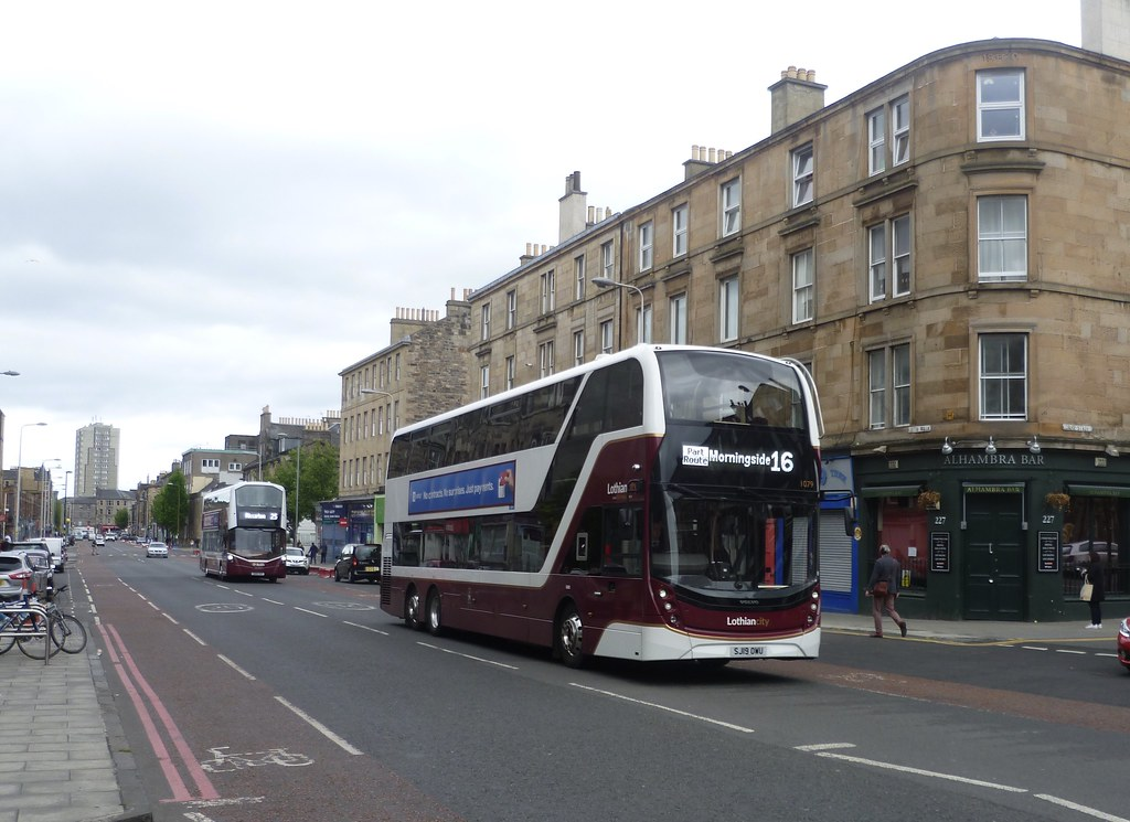 Lothian 1079 on Leith Walk, Edinburgh