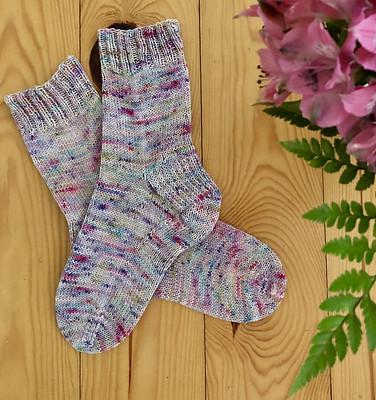 Karen (kmae64)'s vanilla socks