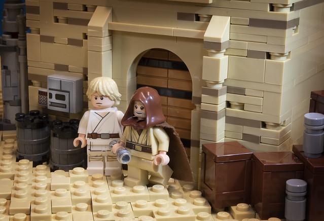 Obi-Wan and Luke on Tatooine