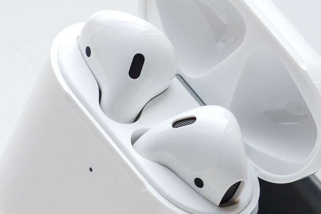 AirPodsを選ぶ理由 AirPods(第2世代)