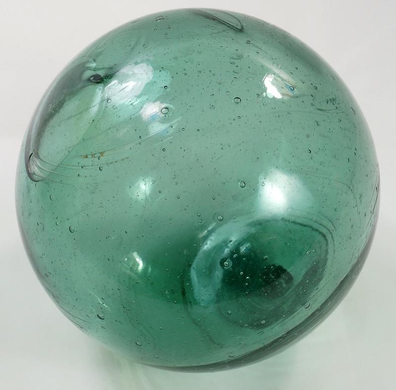 RD21822 Vintage Green Glass Fishing Float 5 inch Diameter DSC05369