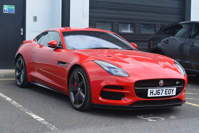 Jaguar F-Type 5.0 Supercharged V8 R AWD Coupe