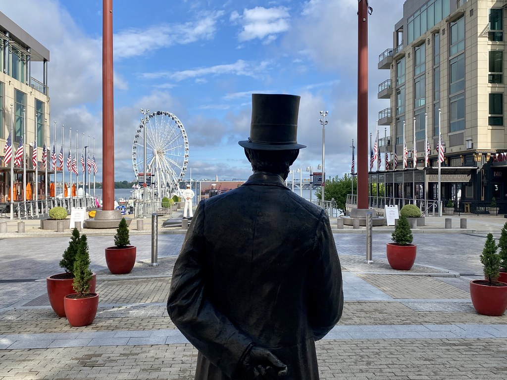 Lincoln at National Harbor