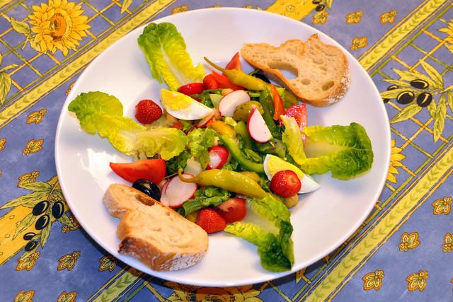 Mai 2020 ... Bauernsalat mit buntem Gemüse ... Brigitte Stolle