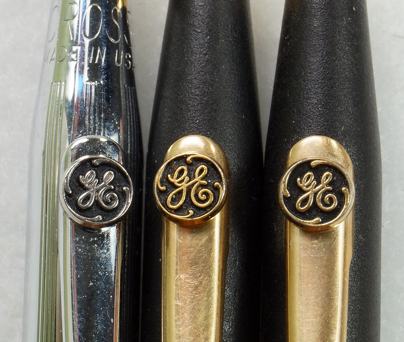 RD21486 Vintage Advertising General Electric GE Cross Ink Pens, Screwdriver & Flashlight DSC05398